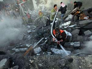 Bombardeo israelí sobre Gaza Isranormal-301xXx80