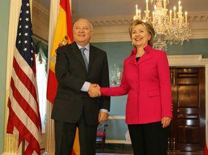 Moratinos y Clinton se reúnen en Washington para abordar la presidencia española de la UE