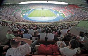 El estadio Ernst-Happel de Viena acoge el Congreso Mundial de los Testigos de Jehová