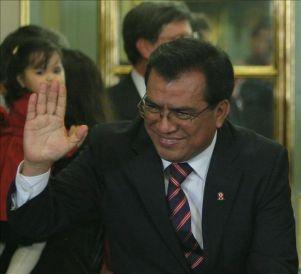 Denuncian que el Gobierno peruano planea militarizar unas zonas mineras en conflicto
