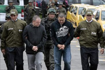 La polic a colombiana atribuye la violencia en medell n al for Xxx en la oficina