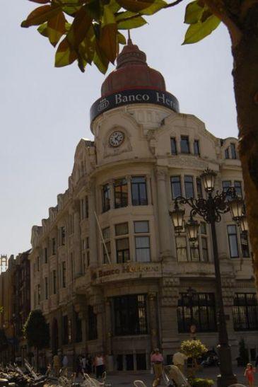 Las oficinas de banco herrero cerrar n los s bados a for Oficinas sabadell zaragoza