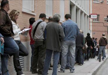 El fmi aconseja a espa a crear un contrato nico for Oficina de empleo carabanchel