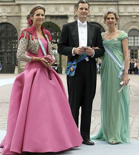 isabelle sakena: La vie en rose según Elena de Borbón
