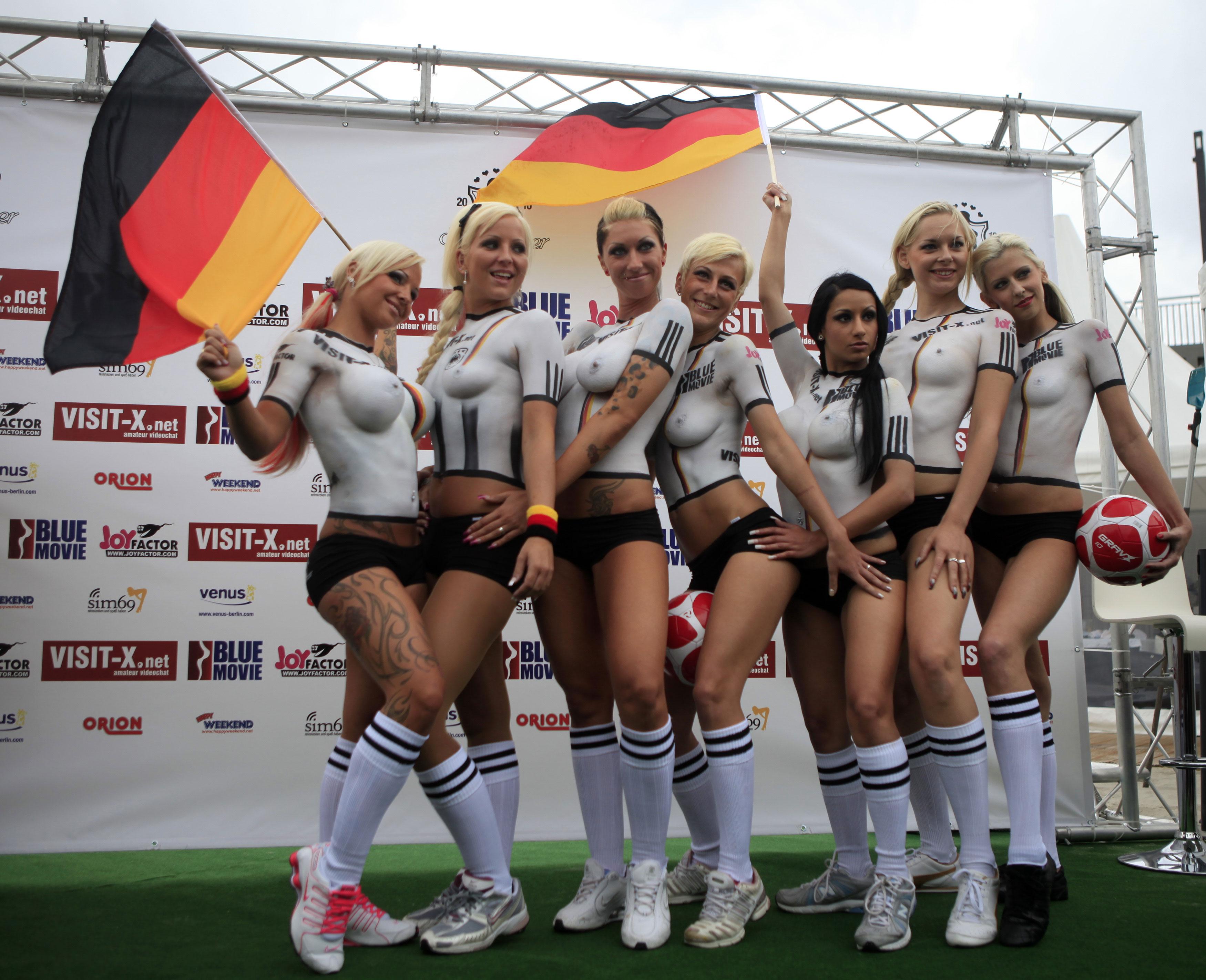 Секси германия боялась