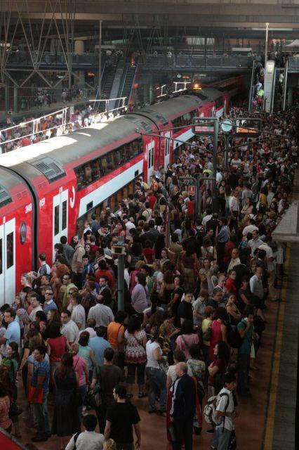 Escándalo en el metro: Fuerte discusion entre dos mujeres