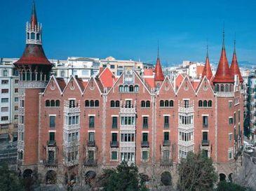Colonial pone a la venta la casa de les punxes de barcelona qu es - Casa de las punxes ...