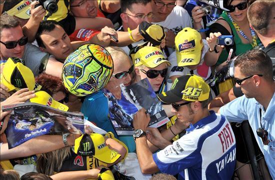 El Italiano Valentino Rossi 2 D Firma Aut Grafos A Sus
