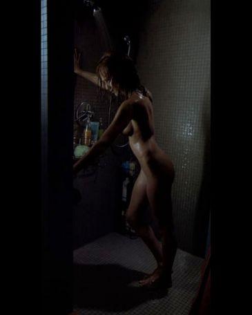¿Es cierto que Scarlett Johansson aparece desnuda en su nueva película, Under The Skin? Jessica-alba-machete-365xXx80