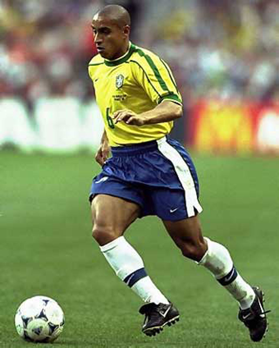Roberto carlos one of the very best brazilian soccer players