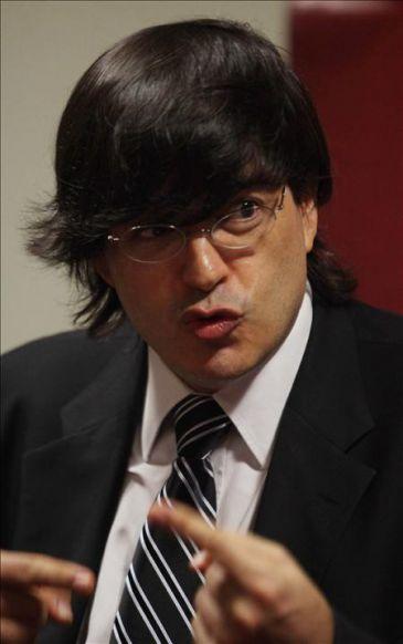 El polémico escritor y presentador Jaime Bayly regresa a la televisión de EE.UU.