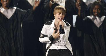 Justin Bieber anuncia en Twitter que ha vendido más de nueve millones de discos