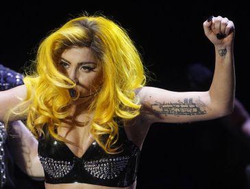 Lady GaGa y Kim Kardashian vuelven a Twitter y Facebook
