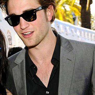 A Robert Pattinson, de Crepúsculo, le 'cuesta' grabar las escenas de sexo con Kristen Stewart y pide una doble para ella