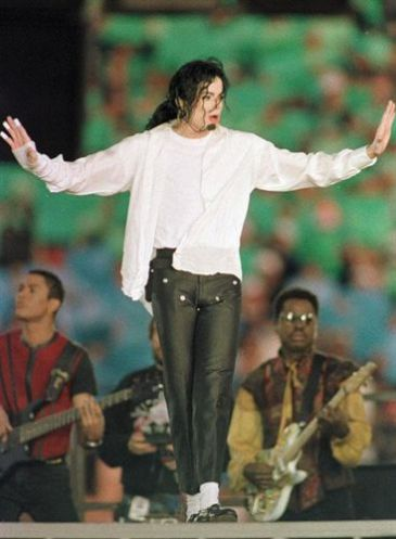 El musical 39 forever king of pop homenaje a michael for Espectaculo forever michael jackson