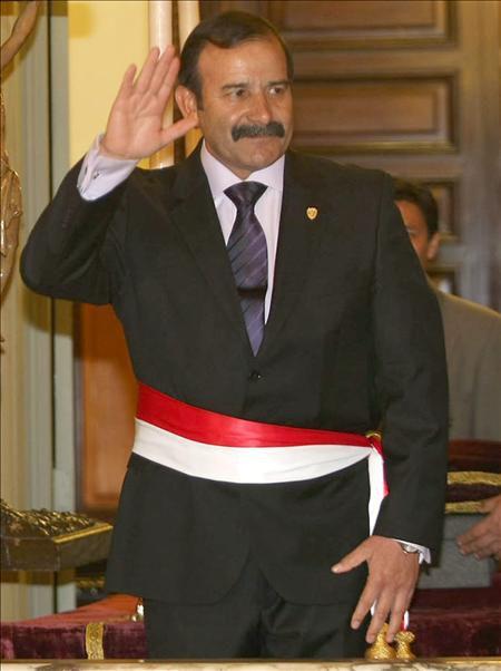 El ministro del interior del per miguel hidalgo admiti for Nuevo ministro del interior peru