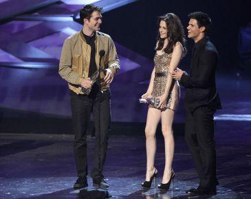 Robert Pattinson, alucinado con su novia Kristen Stewart como vampiresa en Crepúsculo