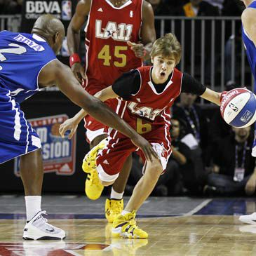 Justin Bieber, la estrella que más brilla en el All Star 2011