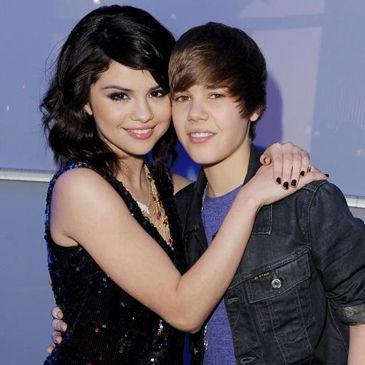 Bieber vistió a Selena Gomez con ropa interior de Victoria's Secret