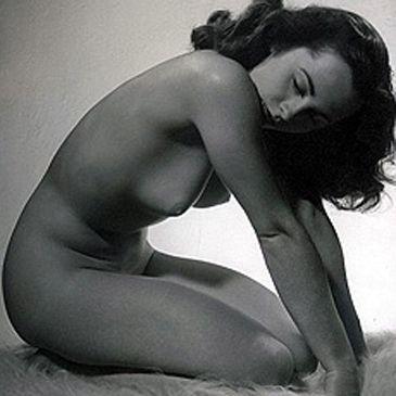 La foto de Elizabeth Taylor desnuda es falsa: pertenece a una tal Lee Evans
