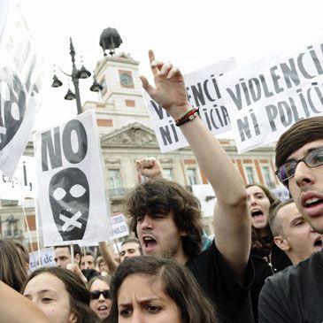 Manifestaciones 15 M: Los acampados seguirán, al menos, hasta las elecciones