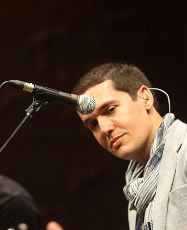 Jorge Ruiz, alma máter de Maldita Nerea, presenta 'Fácil' en un concierto - maldita-nerea-normal-365xXx80
