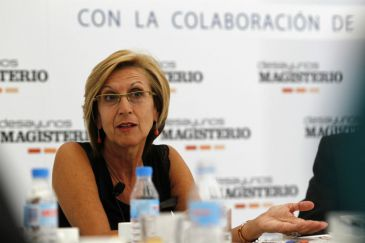 """Rosa Díez critica la """"soberbia"""" y la """"falta de interés"""" de la Comunidad de Madrid por la educación"""