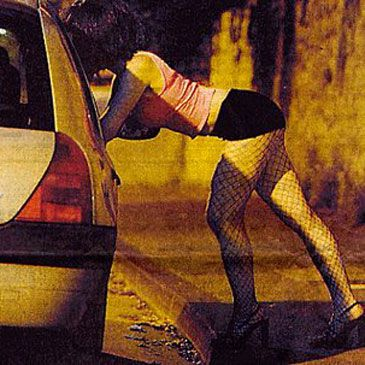 cuanto cobran las prostitutas prostitutas en costa calma