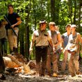 Los zombies llegan al bosque en la segunda temporada de 'The Walking Dead'. Foto: Fox.