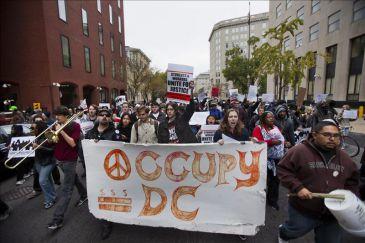 Indignados en EE.UU., en campaña para trasladar las cuentas bancarias a las cooperativas