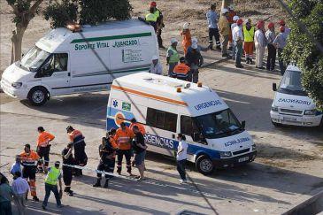 Tres heridos graves en un accidente laboral en una desaladora de Almería