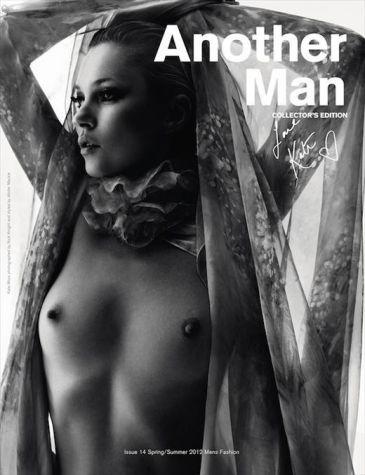 Kate Moss se desnuda de nuevo en honor a la Semana de la Moda de París