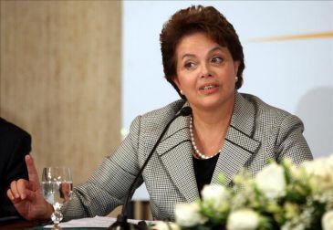 """Rousseff destierra propuestas """"fantasiosas"""" en la conferencia de la ONU Río+20"""