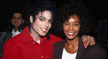 Michael Jackson y Whitney Houston tuvieron un romance, según 'The Sun'