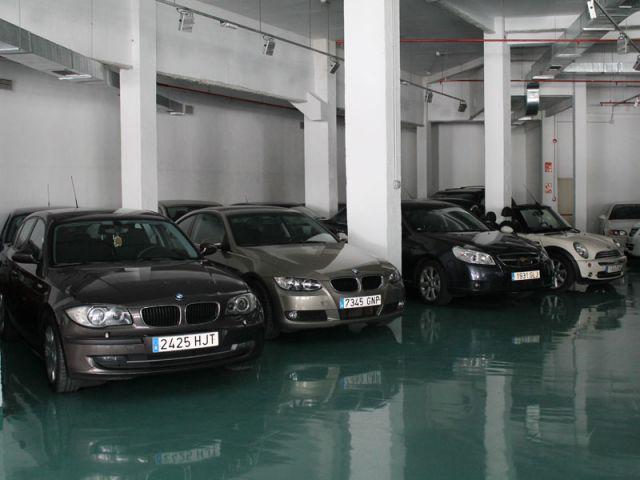 Los españoles avalamos el coche para afrontar deudas puntuales. Foto: Pepe Caballero