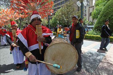 """Celebran en Bolivia el """"Día de la Descolonización"""" con críticas a la religión"""