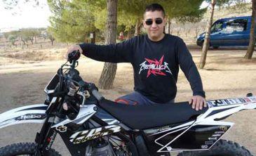 Facebook xxx pequeña cerca de Albacete