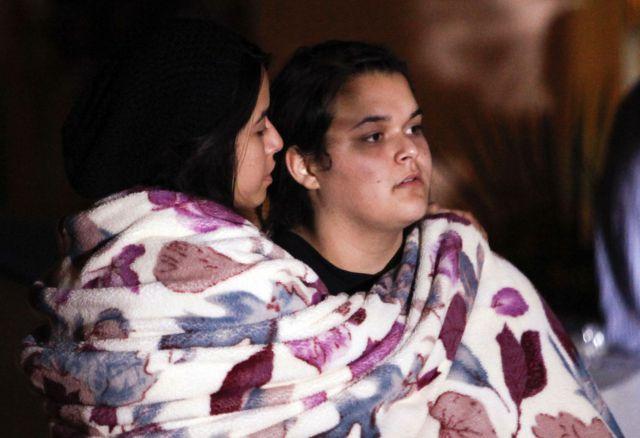 de la cantante mientras esperaban noticias del accidente. Foto: Gtres