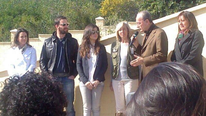 Dani rovira y vanesa mart n nombrados padrinos de la for Protectora de animales malaga ciudad jardin
