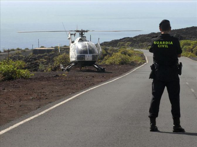 Mueren dos ciclistas al ser atropellados por un turismo en - Jefatura provincial trafico malaga ...