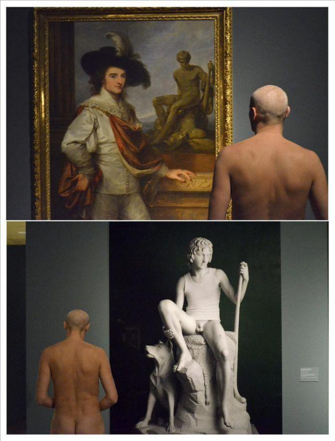 Hombres Desnudos En Una Muestra De Un Museo Viena