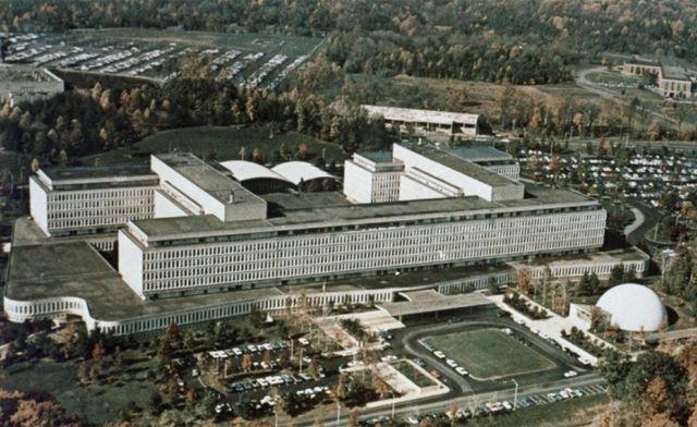 Resultado de imagen de (CIA) en Langley, Virginia