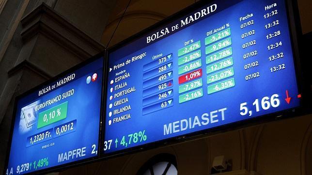 ... previsto y ha colocado 5 570 millones de euros en letras a seis y
