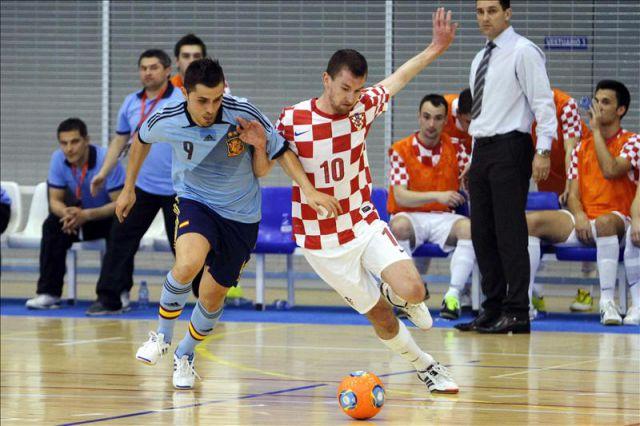 El jugador de la selecci n espa ola de f tbol sala rafael for Federacion espanola de futbol sala