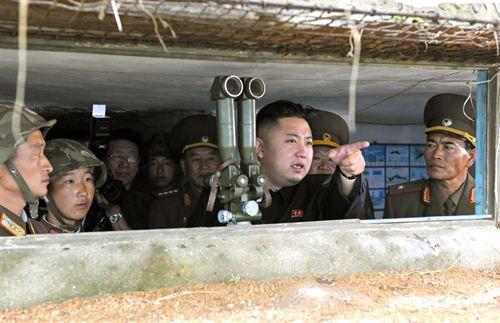 Kim Jong Un supervisa ejercicios de artillería de Corea del Norte contra islas surcoreanas