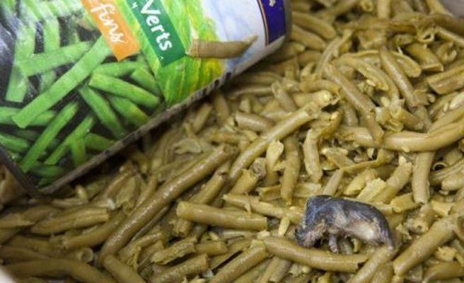 Hallan un ratón muerto en una lata de judías de Carrefour en París