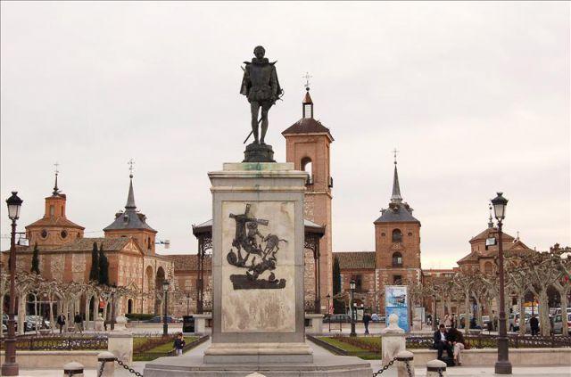 Del toro al infinito: CORRIDAS CON APELLIDO / por Eduardo Soto