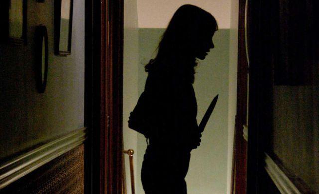 Resultado de imagen para mujer con cuchillo