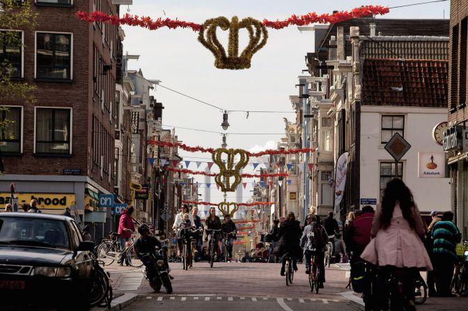 Máxima y Guillermo de Holanda: Ámsterdam se prepara para despedir a Beatriz y entronizar a su hijo