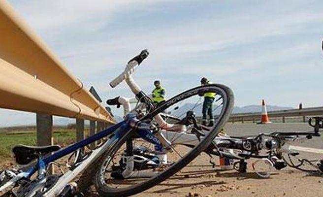 [Imagen: ciclistas-msn-XxXx80.jpg]
